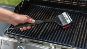 How-to-Clean-Weber-Gas-Grill-Burner-Tubes